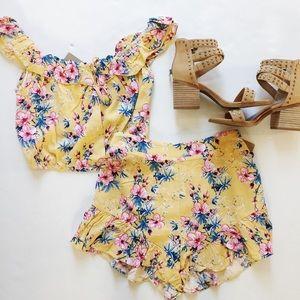 Yellow floral shorts set Small